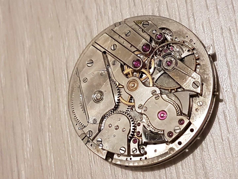 Besoin d'aide pour identifier ce qui peut clocher sur montre à sonnerie Sonnerie3